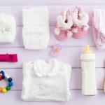 Perlengkapan bayi menjadi kebutuhan yang tidak bisa dilewatkan karena kenyamanan si kecil menjadi hal yang paling penting dan utama. Namun, jangan khawatir jika bujet kurang memadai untuk memenuhi kebutuhan si kecil ini. Berikut ada tips memilih perlengkapan bayi murah namun berkualitas dan rekomendasinya.