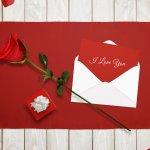 「今年も幸せな結婚記念日を迎えられて良かった!」そんな気持ちの伝わるメッセージを、結婚記念日に旦那さんへ贈りませんか?この記事では、旦那さんに喜んでもらえる結婚記念日のメッセージの書き方のコツや、参考になる文例を豊富にご紹介します。