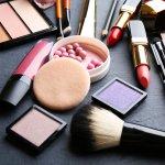 Merek makeup lokal ternyata sangat mampu untuk bersaing dengan produk-produk dari luar negeri. Tetapi jangan salah pilih dan jangan hanya asal murah. Berikut adalah rekomendasi merek makeup lokal yang mesti Anda pertimbangkan.