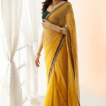 No traditional outfit looks as elegant as a saree. Be it chiffon or a lace sari, they can instantly make you look like an epitome of elegance and grace. Many however feel only expensive saris give the much-coveted impressive looks, but not so. We have compiled 10 best sarees below Rs. 300 to help you choose the one that makes you dazzle, without bleeding precious cash.