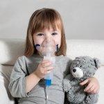 Pernapasan si kecil terganggu? Pasti membuat Anda resah, ya. Anda bisa andalakan nebulizer anak terbaik ini untuk mengatasiny. Simak cara pemilihan dan rekomendasinya dari kami.