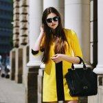 Setiap wanita pastinya selalu ingin tampil gaya setiap saat. Salah satunya dengan memakai tas saat bepergian. Tentunya, untuk tampil keren dan modis, model tas yang dipilih pun tidak sembarangan. Nah, beberapa rekomendasi tas wanita terbaru 2020 ini bisa banget kamu jadikan koleksi.