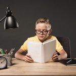 Lampu belajar merupakan item pendukung belajar yang penting untuk anak. Jangan asal saja memilih lampu belajar untuk anak. Supaya kesehatan mata anak terjaga dan supaya ia makin semangat belajar, yuk, cek tips dari kami dalam memilih lampu belajar anak yang bagus!