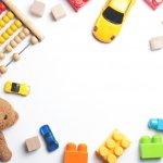 Tumbuh kembang bayi menjadi perhatian yang sangat penting bagi para orang tua. Orang tua harus mengetahui mainan bayi apa saja yang cocok dalam fase-fase perkembangan mereka. Moms and Dads, yuk simak rekomendasi BP-Guide untuk mainan bagi bayi usia 6 bulan.