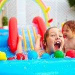 Anak-anak pastinya suka bermain air khususnya di kolam renang. Supaya makin seru dan tak perlu pergi ke kolam renang setiap hari, Anda bisa juga memberikan mainan kolam renang yang bisa digunakan setiap saat bahkan di halaman atau di dalam rumah.