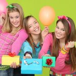 Tips on How to Shop for 14 Year Girls and 10 Gifts They Will Actually Like