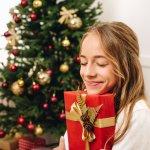 今回は、編集部がwebアンケートの結果などの情報を分析し、中学生に贈るクリスマスプレゼントとしておすすめのアイテムを厳選しました。人気のブランドや商品をランキング形式でまとめたので、実際に選ばれているものがわかります。それぞれの特徴や魅力を比較しながら、女の子に満足してもらえるとっておきのギフトを見つけましょう。