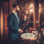 Seperti halnya wanita, parfum juga menjadi benda yang menjadi bagian dari gaya hidup sehari-hari pria. Parfum dapat memberikan efek psikologis sehingga dapat mempengaruhi aktivitas yang dilakukan. Silakan pilih salah satu dari sejumlah parfum pilihan BP-Guide berikut ini sesuai dengan kebutuhan dan selera Anda.