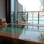 熊本には、様々な温泉地や自然溢れる観光スポットがあり、記念日旅行に最適です。そこで今回は、カップルの記念日をお祝いするのにおすすめな温泉宿の「2019年最新情報」をご紹介します。人気の黒川温泉や、プライベートな時間を過ごせる貸切風呂付の客室の宿など厳選したので、ぜひ旅館選びの参考にしてください。