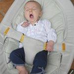 Bouncer bayi atau kursi goyang bayi menjadi pilihan banyak ibu untuk memanjakan anaknya. Tidak hanya membuat tidurnya nyenyak, tapi juga menjadikan tubuhnya lebih sehat. Masih ada fungsi lain dari kursi goyang bayi, loh. Apa saja? Dan bagaimana memilih kursi goyang yang pas untuk bayi? Simak ulasan BP-Guide di bawah ini, yah.