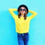 Pernahkah terlintas untuk memakai sweater kuning tapi kurang pede? Well, kamu tak sendiri. Padahal memakai pakaian berwarna kuning bisa memberikan efek cerah dan ceria. Nah, agar tak terasa berlebihan, kamu bisa intip rekomendasi sweater kuning yang cocok dipakai.