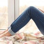 今回は、40代の女性にぴったりなブランドジーンズを「2019年最新版」ランキングとしてご紹介します。40代女性には、細見ストレートのシルエットのジーンズが喜ばれます。ぜひ参考に素敵な一着をプレゼントしてください。