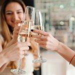 おしゃれな街として知られる銀座・日比谷・有楽町エリアには素敵な雰囲気のレストランが揃っています。そこで、会話が弾む女子会ランチに人気のレストランの「2020年最新情報」をご紹介します。大人の女性にふさわしいレストランで、友人との素晴らしいひとときを楽しんでください。