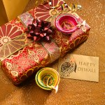 From decor to jewellery, there is something for you to present to friends and family this Diwali. For those living in Mumbai, there is the option for same day delivery as well as express delivery. This ensures your gift arrives on time and you get to stir up the festive spirit. Make their Diwali exciting with these creative gifts specially curated for you by BP-Guide.