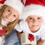 子供のクリスマスパーティでのプレゼント交換は人気のイベントで、プレゼントを開けたときの子供たちの笑顔はなによりも嬉しいものです。今回は【2020年最新】のクリスマスプレゼントランキングを紹介します。異性や年齢差のある子供でも満足でき、500円以内で気兼ねなく贈り合えるものばかりですのでぜひ参考にしてください。
