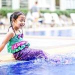 Berenang adalah aktivitas yang menyenangkan untuk anak. Kalau anak suka dengan aktivitas ini, tak ada salahnya membelikan baju renang lucu untuk putri tercinta. Baju renang putri duyung banyak digemari dan bisa jadi alternatif yang lucu lho!