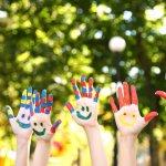 10 Rekomendasi Kerajinan Tangan Sederhana dan Menyenangkan untuk Menggali Kreativitas Anak
