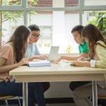 Bingung Cari Tema Menarik untuk Mading Sekolahmu? Temukan 10 Rekomendasinya di Sini, Yuk!