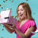 Sắp đến sinh nhật cô bạn thân, bạn gái hay người chị của mình nhưng bạn lại chẳng biết mua gì tặng họ cả. Phái đẹp luôn khó hiểu nên bạn sợ rằng món quà mình tặng sẽ không phù hợp. Đừng lo, Bp-guide sẽ gợi ý cho bạn top 10 món quà ý nghĩa tặng cho bạn nữ ngày sinh nhật qua bài viết dưới đây.