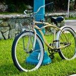 Sepeda sudah digunakan sejak dulu di Indonesia. Selain menyehatkan, banyak juga fungsi sepeda yang lain dan keunggulan yang tidak dimiliki kendaraan lainnya. Jika Anda menyukai bersepeda, ada juga desain-desain sepeda keren yang patut dicoba.