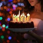 Tak harus mewah dan menghabiskan banyak uang, kue ulang tahun sederhana tak kalah dalam memberikan sentuhan istimewa di hari yang bahagia. Kalau kamu merasa membuat kue ulang tahun itu sulit, coba deh simak panduan dari BP-Guide yang berikut ini!