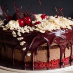 Drip Cakes are All the Rage on Instagram and Pinterest: Recipes to Make Different Types of Drip Cakes That Look as Good as They Taste (2019)