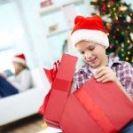 楽しいクリスマスの日、子ども達が心待ちにしているのがプレゼントです。今回は、10歳の男の子におすすめのクリスマスプレゼントを編集部が厳選してご紹介します。webアンケート調査の結果などをもとにランキングを作成し、人気のアイテムがすぐにわかるようにまとめました。ぜひ最後までチェックして、相手の子が笑顔になるようなプレゼントを選んでください。