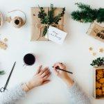 勉強やバイトで大忙しの学生の彼氏には、クリスマスに改めて「大好き!」の気持ちを伝えましょう!こちらの記事では、学生の彼氏にぴったりのクリスマスメッセージの書き方をご紹介します。きちんと気持ちを伝えるポイントをおさえて、もっと喜ばれるクリスマスメッセージを書いてくださいね。