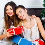 8 Panduan Kado Murah, tapi Berkesan untuk Sahabat yang Selalu di Hati