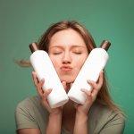 Pasti sudah tidak asing lagi dengan sampo Natur. Produk kecantikan ini memang sudah dikenal keberadaannya sebagai perawatan rambut yang terbuat dari bahan alami. Sampo Natur memang memberikan formula untuk merawat rambut rusak dengan kandungan alami yang dipilih. Tidak heran jika produk ini selalu menjadi pilihan wanita untuk mendapatkan rambut sehat sepanjang hari.