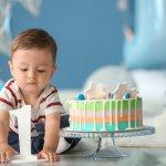 Thôi nôi là bữa tiệc được tổ chức vào dịp bé yêu tròn 1 tuổi. Bữa tiệc này là lời chúc mừng bé cũng như thể hiện sự quan tâm, mong ước của người thân về sự phát triển toàn diện của bé trong tương lai. Những món quà trong dịp này đóng vai trò vô cùng quan trọng để thể hiện tình cảm của bạn dành cho bé. Hãy tham khảo ngay 10 món quà cho bé thôi nôi hữu ích và nhiều ý nghĩa tốt đẹp qua bài viết dưới đây nhé!