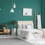Tidur jadi lebih nyenyak saat kamar tidur kita nyaman, rapi dan dihias dengan menarik. Karena itu kamu butuh dekorasi menarik rekomendasi dari kami berikut ini!