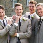 So với phái nữ, nam giới có ít hơn lựa chọn về trang phục khi đi cưới, tuy nhiên vẫn có nhiều phong cách khác nhau cho chàng lựa chọn như: năng động, trẻ trung, phá cách,.. và trong đó lịch lãm là phong cách được các quý ông lựa chọn nhiều nhất cho dịp này. Nhưng nên mặc như thế nào để vừa lịch lãm, vừa không quá lấn át chú rể lại là câu hỏi khó. Bạn có đang băn khoăn trong trường hợp trên không? Bài viết sau đây sẽ giới thiệu đến bạn Top 10 mẫu thời trang ăn cưới lịch lãm dành cho nam (năm 2021), cùng tham khảo ngay nhé!