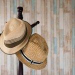 Topi menjadi item fashion yang digemari oleh sebagian orang untuk membuat penampilan makin kece! Apa kamu juga gemar memakai topi dan mengoleksinya? Nah, simak cara merawat topi agar awet dan rekomendasi tempat penyimpanan topi berikut ini, ya!