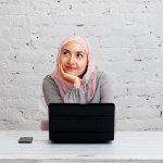 Hijab menjadi salah satu outfit yang sering digunakan oleh para wanita muslimah. Apalagi penggunaan hijab ke kantor bukan lagi hal yang tabu. Nah, BP-Guide punya rekomendasi hijab yang bikin Anda selalu tampil segar saat berangkat ke kantor. Apa aja, ya? Yuk, simak!