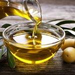 Làm đẹp bằng phương pháp hoàn toàn tự nhiên là một xu hướng mới rất được ưa chuộng hiện nay. Các nguyên liệu từ thiên nhiên như dầu oliu thường được sử dụng trong các sản phẩm chăm sóc da bởi sự dịu nhẹ, lành tính và hiệu quả. Bạn hãy tham khảo ngay 10 sản phẩm từ dầu olive cải thiện và làm đẹp làn da hiệu quả (năm 2021) trong bài viết dưới đây nhé!