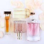 自分らしいおしゃれを楽しむのに欠かせないアイテムのひとつである、レディース香水。今回は、編集部がwebアンケート調査などをもとに、60代女性から高い評価を得ている香水ブランドを厳選し、ランキング形式にまとめました。美しく年齢を重ねた60代女性に人気の香水ブランドが目白押しなので、自分の年代によく似合う香水を探している人も必見です。