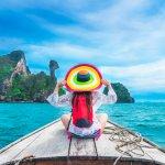 Liburan akhir tahun rasanya sayang bila tidak dilewatkan bersama orang tersayang. Masih banyak tempat liburan yang perlu Anda explore di Indonesia sebelum beralih ke luar negeri. Pastinya banyak pengalaman seru yang bisa Anda dapatkan di tempat yang berbeda. Berikut beberapa rekomendasi liburan menarik yang bisa Anda coba.