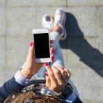 種類が豊富なiPhoneケースですが、そのなかでも特に女性の人気が高いのは、花柄のケースです。今回はそんな花柄iPhoneケースの【2021年最新情報】をご紹介します。定番の手帳型からシリコン・ハードタイプまで、種類ごとにおすすめのアイテムを集めました。おしゃれで華やかな花柄iPhoneケースは女性へのギフトにぴったりなので、ぜひ参考にしてください。