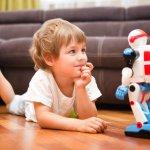 Perkembangan teknologi memang tidak bisa dibendung, namun bukan berarti orangtua bebas membelikan mainan apa pun yang diinginkan anak. Yuk, simak mainan anak dari zaman dulu sampai zaman sekarang yang cocok untuk dijadikan hadiah untuk anak-anak!