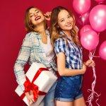 Cari Kado yang Cocok Untuk Kakak Perempuan? Inilah 10+ Inspirasinya!