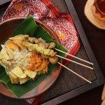 Semarang punya beragam kuliner yang unik, khas, dan rasanya super lezat. Ingin tahu di mana saja tempat makan yang paling mantap di Semarang? Simak artikel berikut untuk mengetahui makanan apa saja yang musti Anda cicipi beserta rekomendasi tempat sarapan paling mantap.