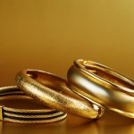 Nothing catches the eye like a wonderful gold present for the man you love, treat him like a king with this list of the most elegant and beautiful gifts money can buy. However, buying gold jewellery for men is nothing like buying gold for women, so read on to understand how to pick tasteful accessories for him, and browse through our list of some elegant gifts of gold options for him.
