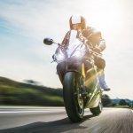 Honda adalah salah satu merek motor yang populer di Indonesia. Banyak orang yang menyukai merek motor satu ini dengan berbagai alasan. Honda sendiri sudah banyak menelurkan motor dengan desain dan kekuatan yang beragam. Mau tahu jenis motor seperti apa saja yang dimiliki Honda? Dari mulai klasik hingga sporty semuanya ada.