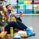 Sesekali ngemil snack ringan nggak apa-apa, dong. Apalagi, kalau rasa snack-nya nikmat dan bikin ketagihan. Nah, berikut ini, BP-Guide merekomendasikan snack yang pas untuk menemani sore santai Anda.