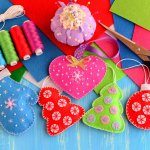 The best gift is something that comes from your heart. Instead of the usual store-bought gifts, dazzle your boyfriend with DIY gifts. Made with your creativity and a lot of work, these gifts are sure to give your message of love to your special man. BP Guide India has looked all over to find the most charming and  romantic DIY ideas that you can consider for giving your boyfriend on the next special occasion.