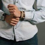 Siapa Bilang Pria Tak Bisa Bergaya dengan Gelang? 8 Rekomendasi Gelang Keren Ini Mampu Membuktikannya!