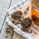 Teh hitam termasuk jenis teh yang paling banyak dikonsumsi di dunia. Tidak hanya memiliki aroma yang nikmat, teh hitam ternyata juga punya banyak manfaat bagi kesehatan lho. Yuk, cari tahu manfaat teh hitam dan rekomendasi produknya dalam artikel BP-Guide berikut ini.