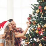 """2019年のクリスマスは、""""機能美""""を追求したこだわりのアイテムを彼へプレゼントしてみませんか?通勤・通学時に活躍する大容量バッグやワイヤレスイヤホン、快適な暮らしが送れる電気ケトルなど、注目アイテムが盛りだくさん。優れた機能の特徴や選び方などを詳しくまとめていますので、ぜひ参考にしてください。"""