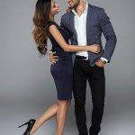 Menggunakan couple dress memang membuat pasangan terlihat lebih kompak dan romantis. Tentunya kamu harus pintar dalam mix and match baju dengan pasangan. Jika tak sesuai, malah akan merusak fesyen kamu dan pasangan. Agar tidak salah, simak terus penuturan BP-Guide berikut ini.